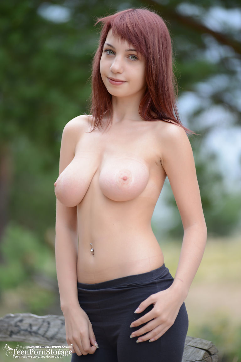 nude cuties cavorting